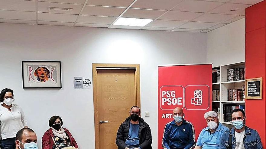 """El PSOE reclama a Repsol """"alternativas"""" al ERTE en la refinería"""