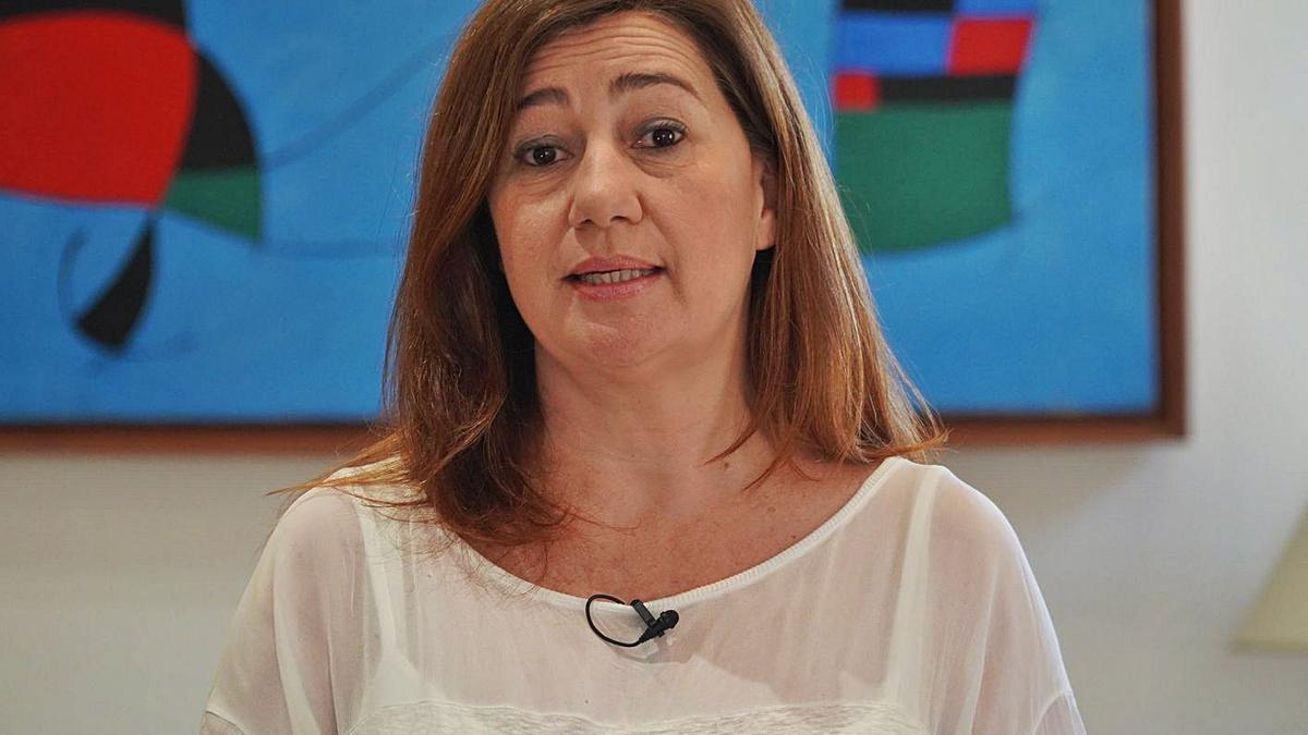 Francina Armengol habla de sostenibilidad y economía para reclamar ayudas a Bruselas.