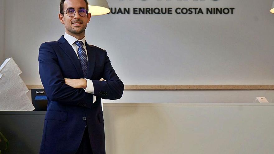 """Juan Enrique Costa Ninot: """"Es importante romper los clichés asociados al cuerpo notarial"""""""