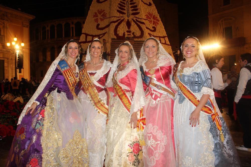 Las primas y hermanas Guisasola-Lerma y Lerma-Guisasola, de Azcárraga. Tres de ellas fueron corte de honor: Maya en 1988, Cristina en 1990 y Estefanía en 1994.