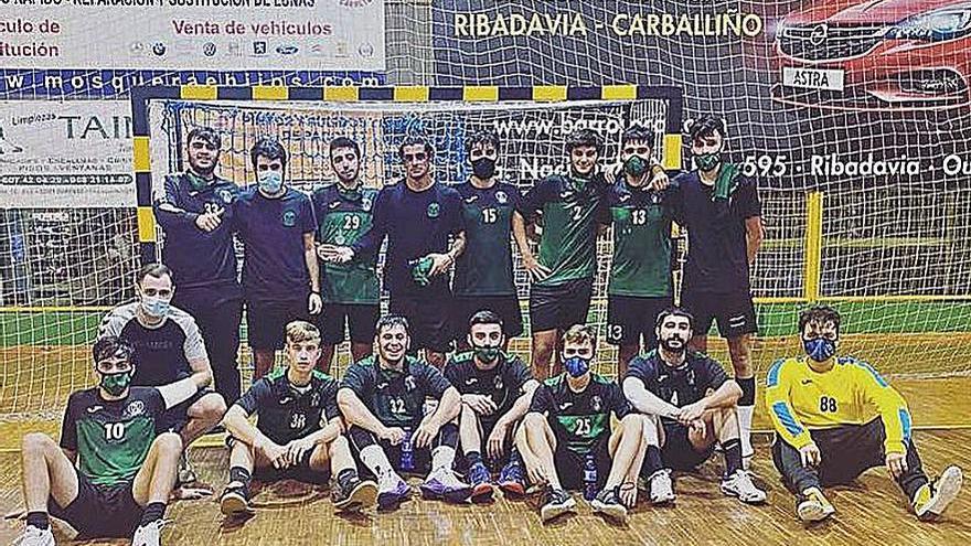 El Balonman Pabellón coge ritmo en la Copa Galicia