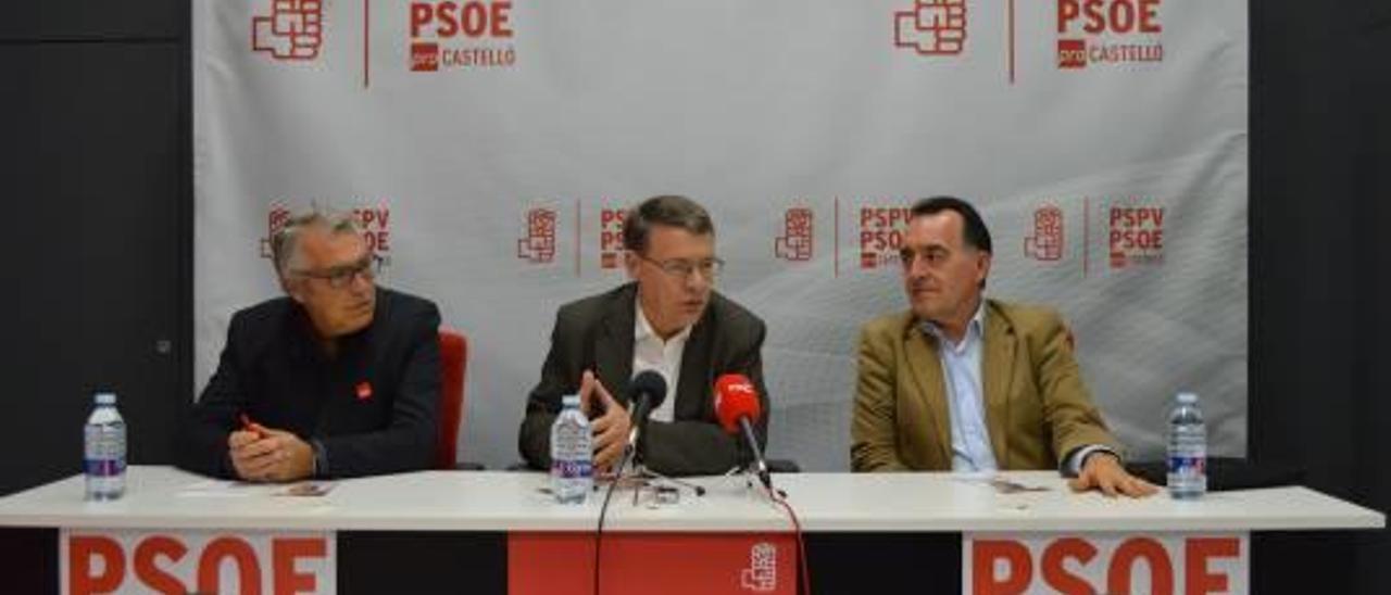 Sevilla secunda la demanda de Puig de un nuevo modelo de financiación