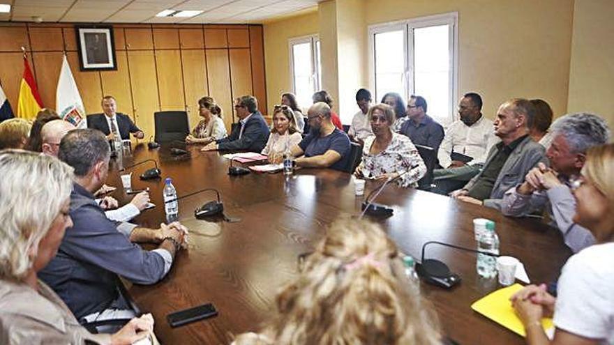 Nueva Canarias sondea a Pepa Luzardo para un posible acuerdo de gobierno
