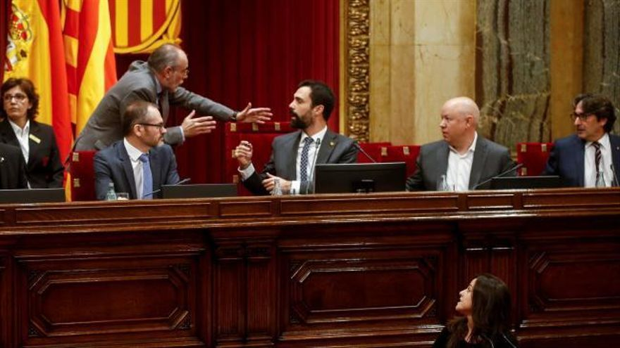 El Parlament vota ejercer la autodeterminación