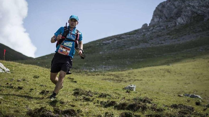 "Fernando González completa el ""Grand Slam Ultra Trail"""