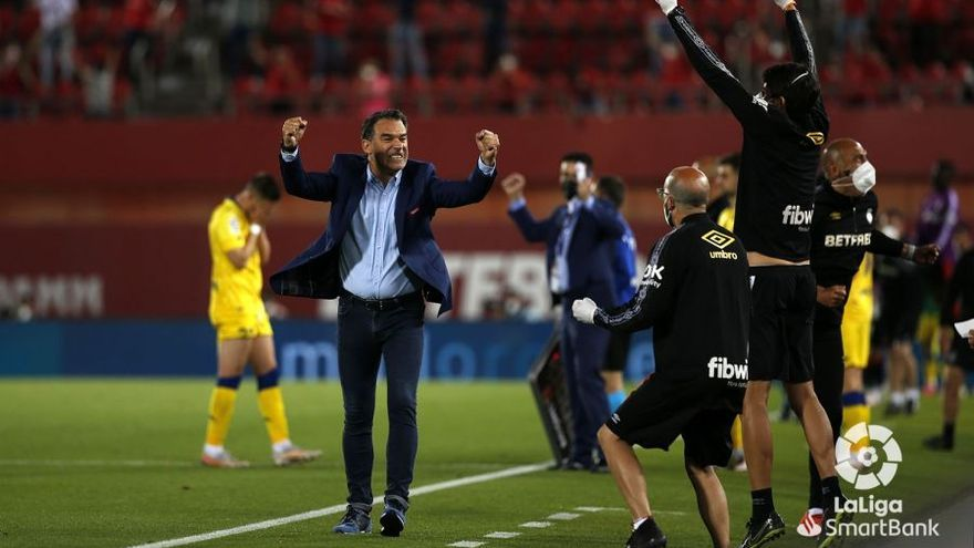 """Luis García, entrenador del RCD Mallorca: """"Ahora sí que pienso que tenemos una opción clara de subir"""""""