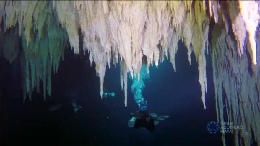 Hallan el sistema de cuevas sumergidas más grande del mundo al sur de México