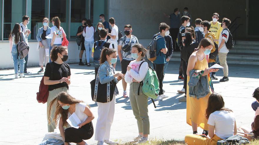 Más de 209.000 alumnos gallegos inician el curso el miércoles en ESO, bachillerato, FP y enseñanzas de régimen especial