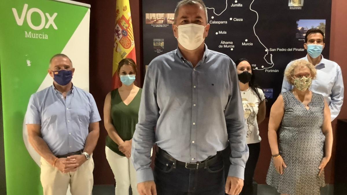 Pedro Fenol, junto a los demás integrantes de su candidatura.