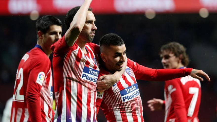 El Atlético se impone al Valencia y alarga la liga