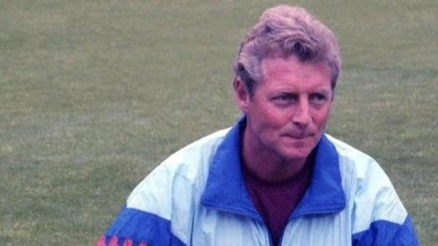 Muere Bruins Slot, exayudante de Cruyff en el Barcelona