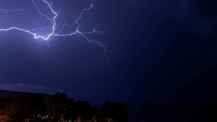 La tormenta del martes descargó casi 400 rayos sobre Zamora