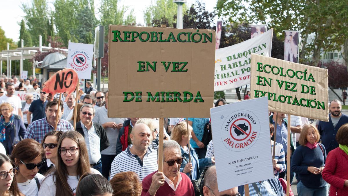Manifestación contra las macrogranjas en 2018.
