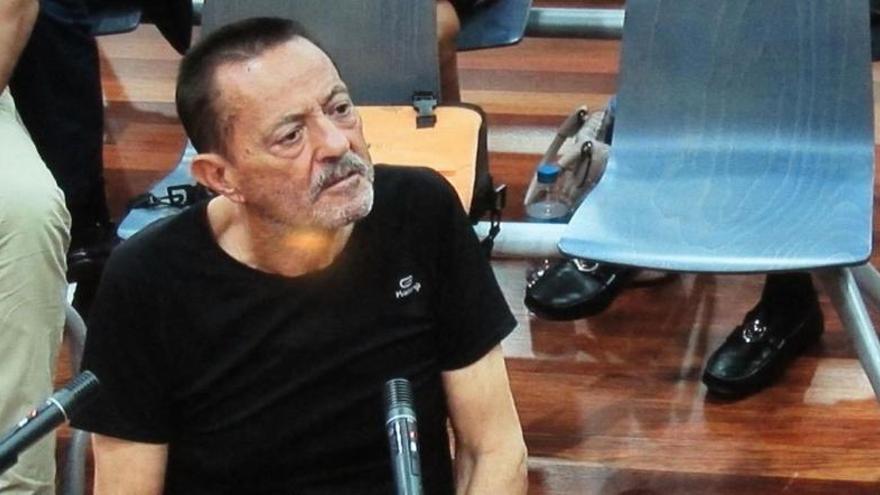 Julián Muñoz, ingresado.
