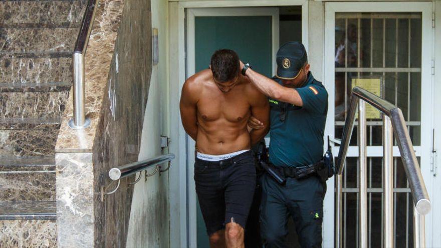 Ingresa en prisión por riesgo de fuga el británico acusado de matar en Ibiza a un compatriota