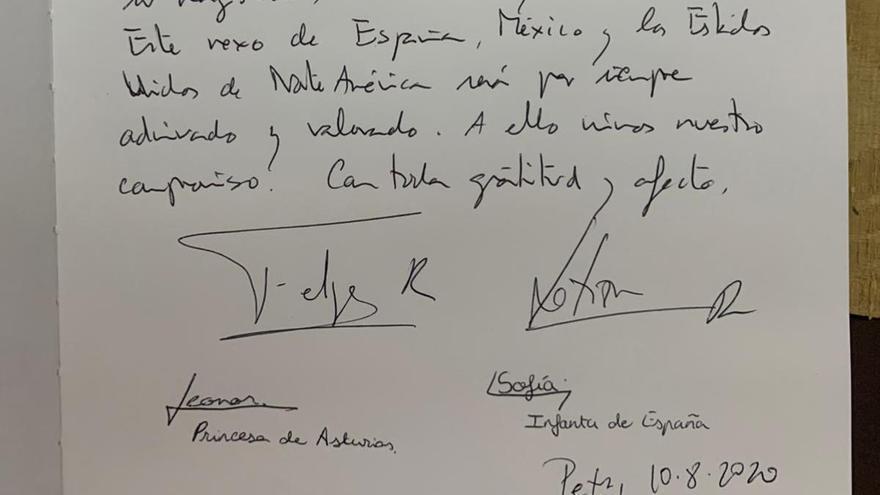 El mensaje de los Reyes y sus hijas en el libro de visitas de la casa museo de Fray Juníper