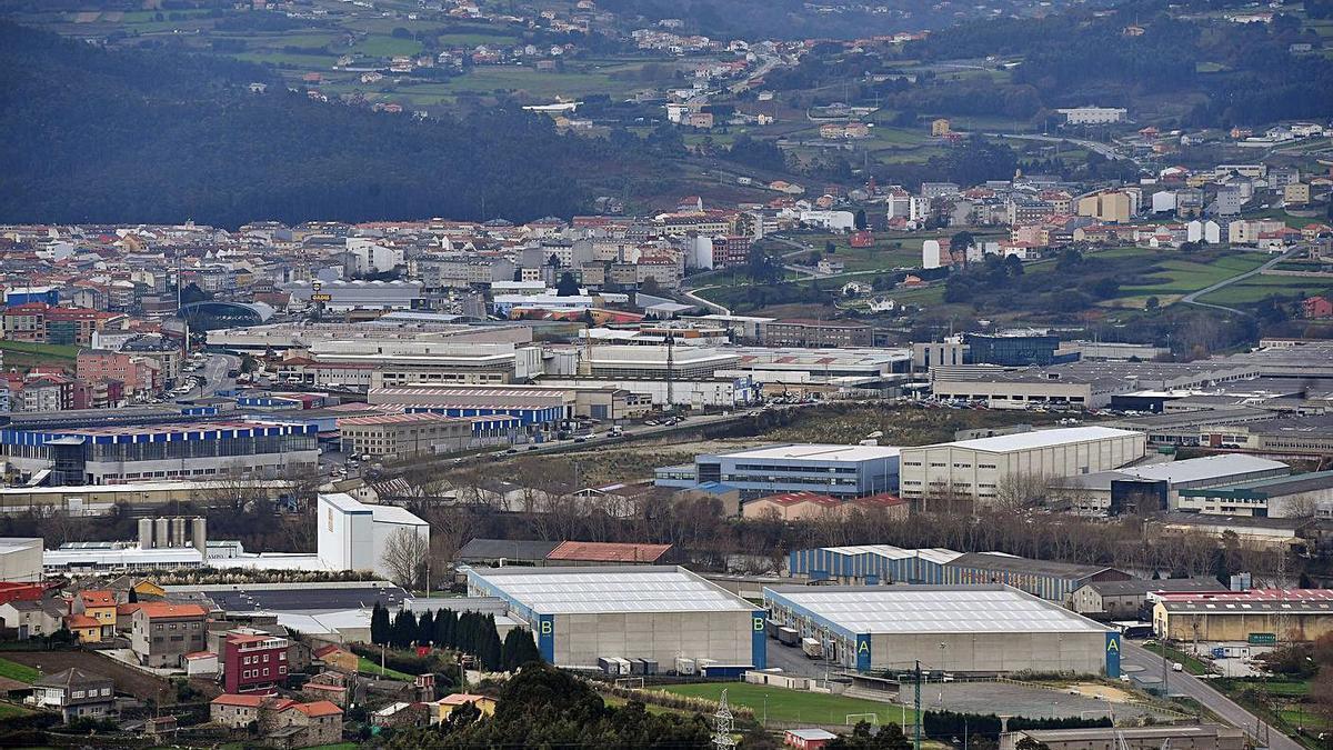 Vista del núcleo urbano de Arteixo.     // VÍCTOR ECHAVE