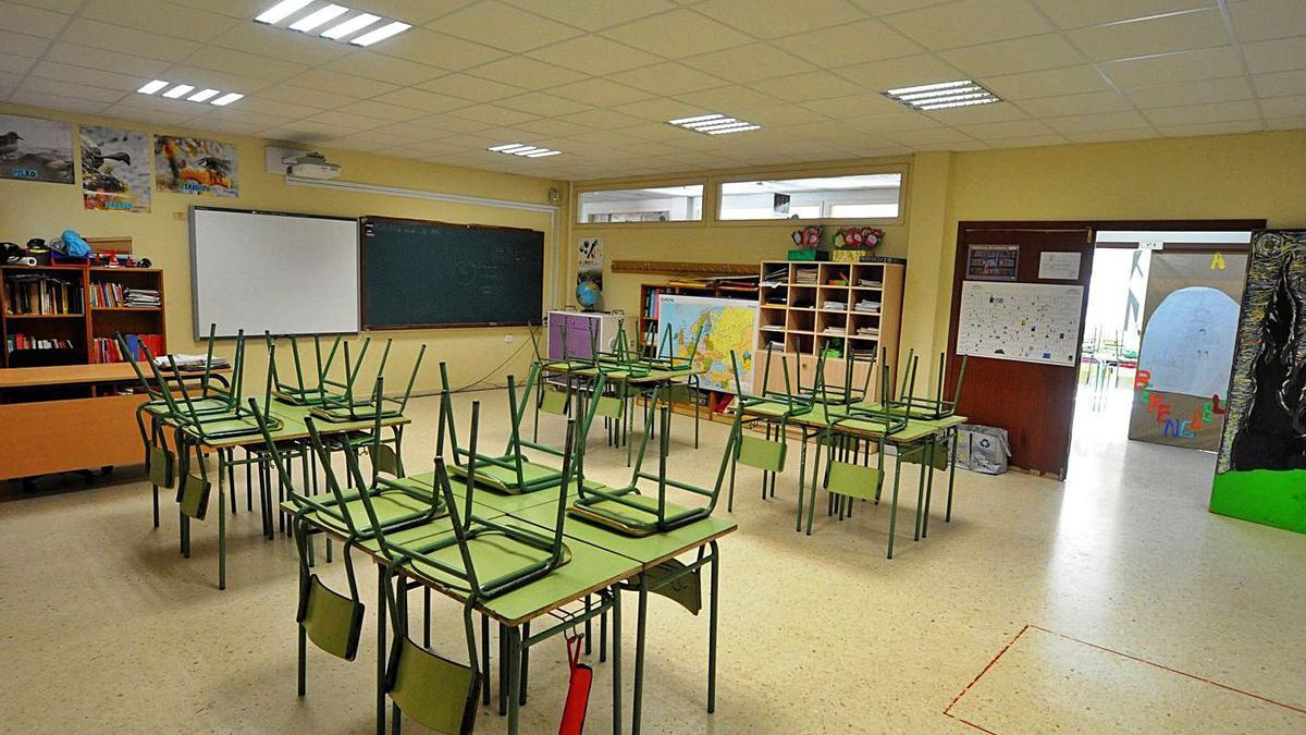 Malestar en el colegio de Vilaxoán por la gestión del Sergas de un positivo en Covid