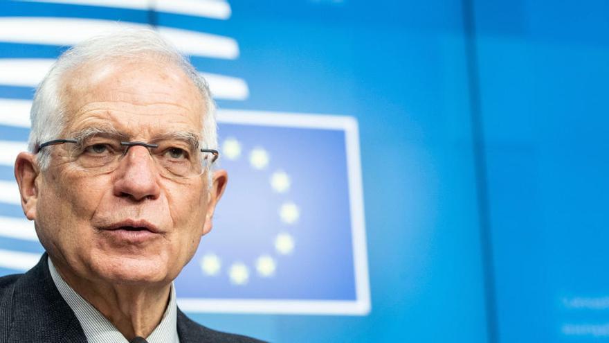Borrell pide ante Lavrov la liberación del lider opositor Alexéi Navalni