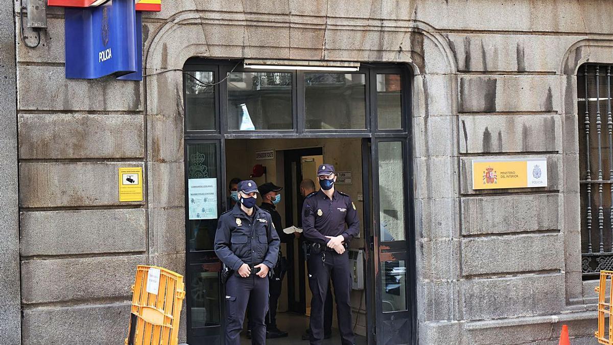 El bailarín continúa detenido en la comisaría de la Policía Nacional de Centros, en la calle Leganitos de Madrid. | | E.P.