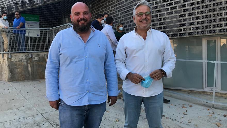 Miguel Valdés coge las riendas del PP local con el reto de ganar la Alcaldía de Mérida