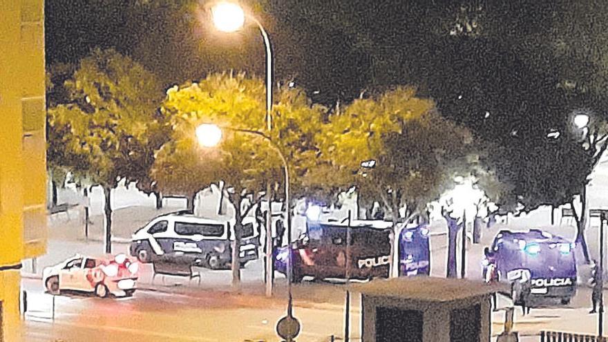 Veinticinco actas por posesión de armas y drogas en controles de la Policía en Palma