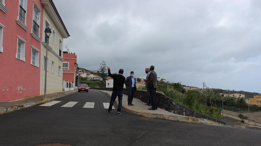San Juan de la Rambla pide a Visocan que compre viviendas para uso social