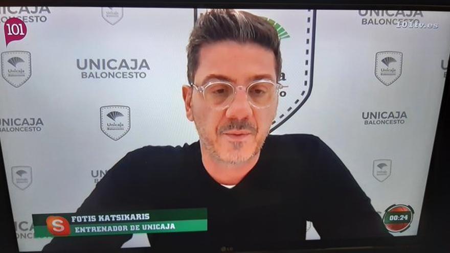 """Katsikaris protege a Alberto Díaz: """"Me parece absurdo que se señale a un jugador que respeta las normas"""""""
