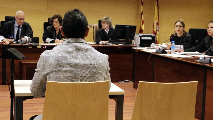 Demanen 16 anys de presó per violar repetidament una nena de 9 anys