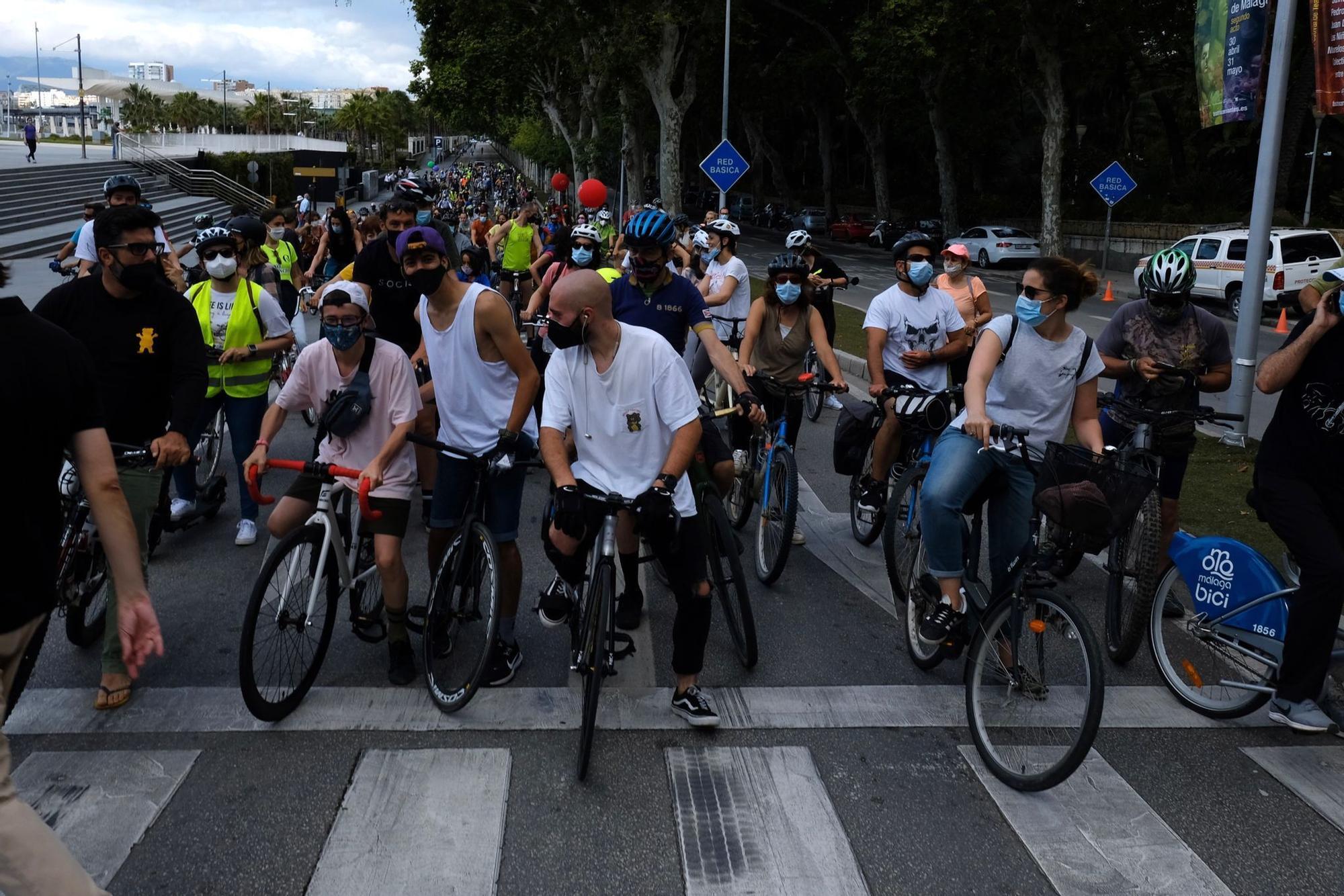 Bicifestación: Miles de ciclistas se manifiestan en Málaga por una movilidad sostenible
