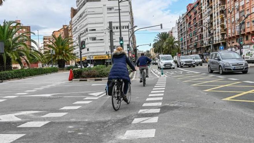 Abre un nuevo tramo del carril bici de la avenida Primado Reig