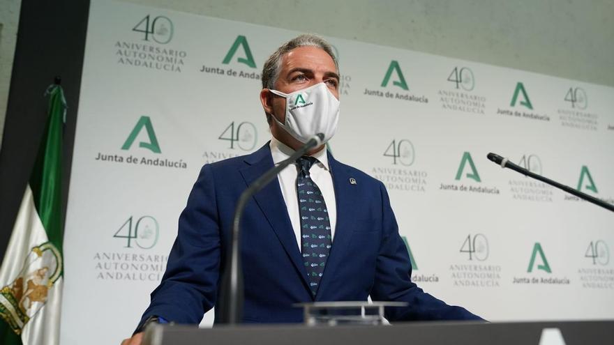 La Junta aceptará la decisión del Gobierno sobre las mascarillas pero critica que no se haya consensuado