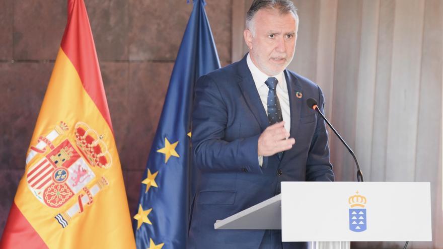 Torres hace un llamamiento para evitar el fallecimiento de migrantes que intentan llegar a las Islas.