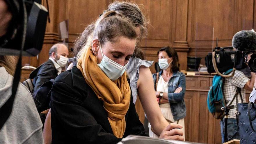 Juzgada en Francia una mujer que mató a su marido, proxeneta y maltratador
