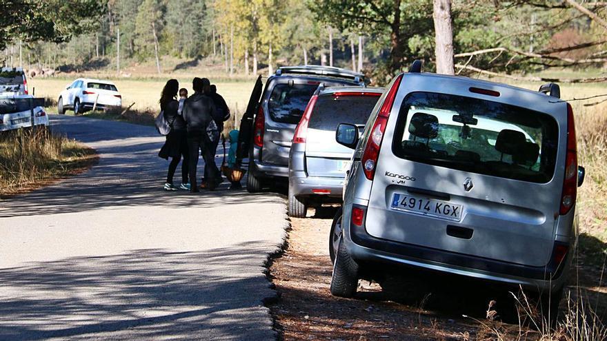 El Berguedà vol controlar els aparcaments en camins forestals