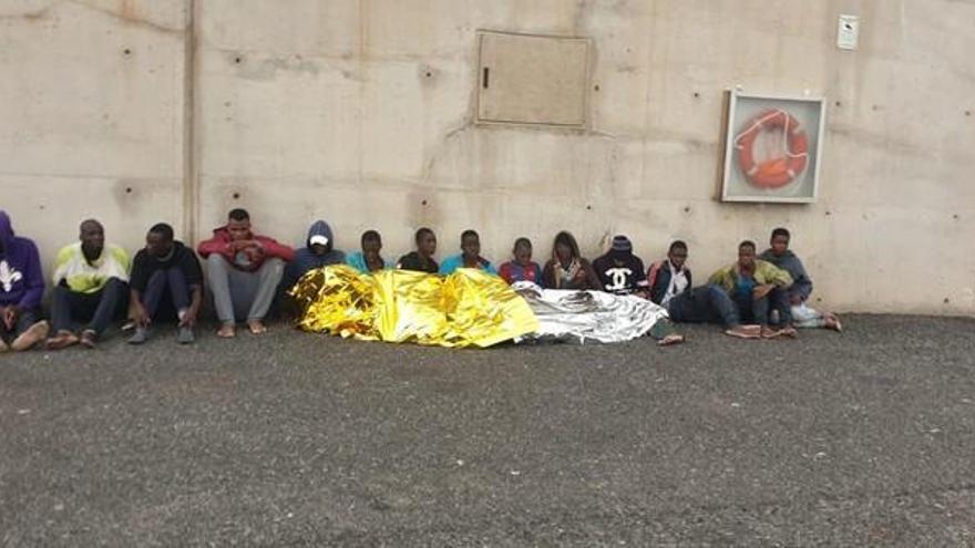 CEAR y Médicos del Mundo piden acabar con la improvisación ante la llegada de migrantes