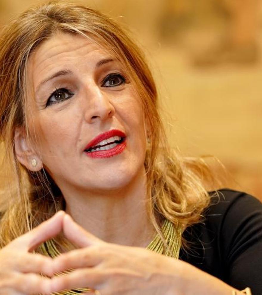 El Gobierno estudia un subsidio de 430 euros al mes para los parados sin ayudas