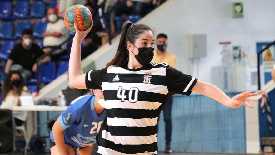 Patricia Reyes refuerza el lateral izquierdo del Adesal Córdoba
