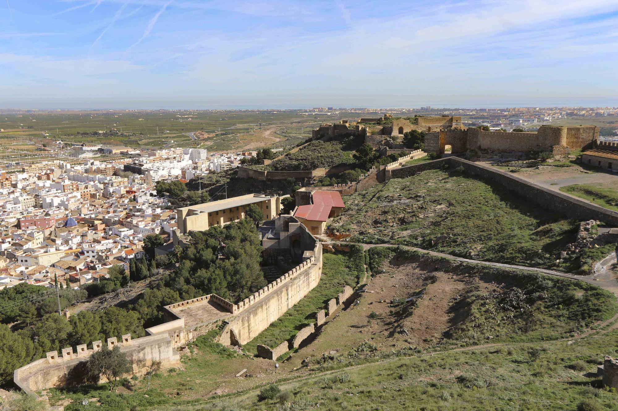Castillo de Sagunt01_1.jpg
