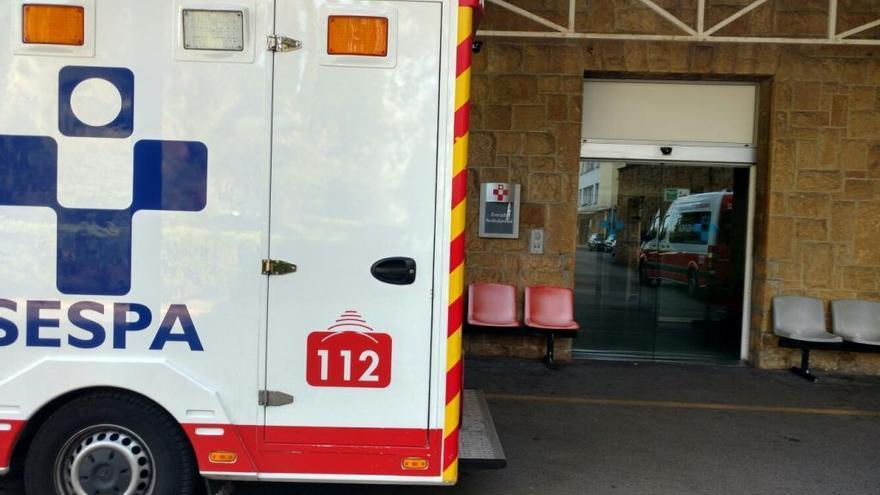 Una cocinera del Hospital Monte Naranco sufre fuertes quemaduras al caerle encima el caldo de una pota