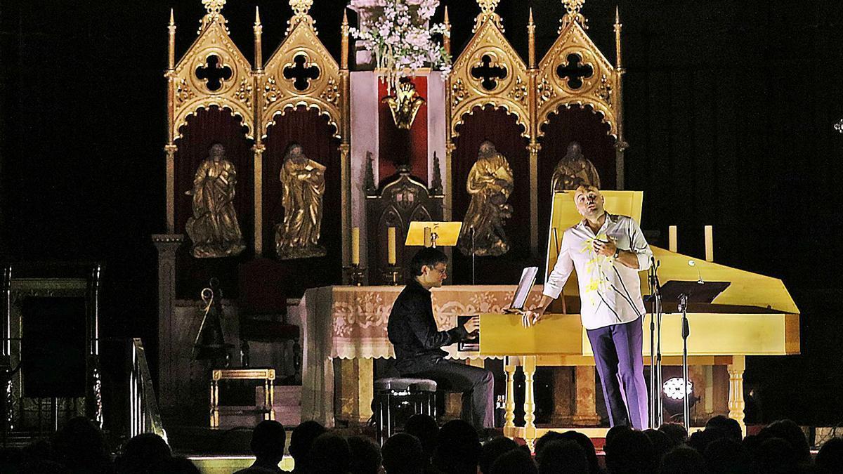 Espasa i Sabata van regalar als espectadors algunes de les millors cantates de Händel en un concert a la basílica de la Seu | JORDI BIEL