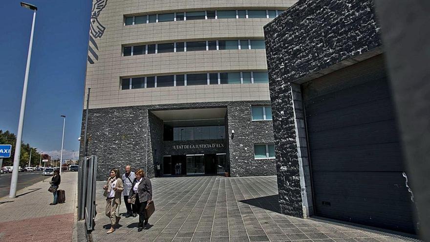 Condenan al arqueólogo de Crevillent a un año de prisión por acoso laboral