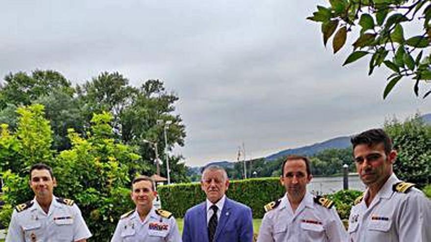 Marinetea acude al acto de entrega del mando del Patrullero Cabo Fradera
