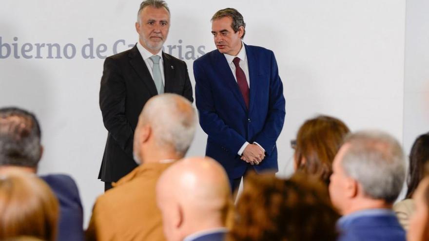 Francisco Moreno toma posesión como administrador único de RTVC