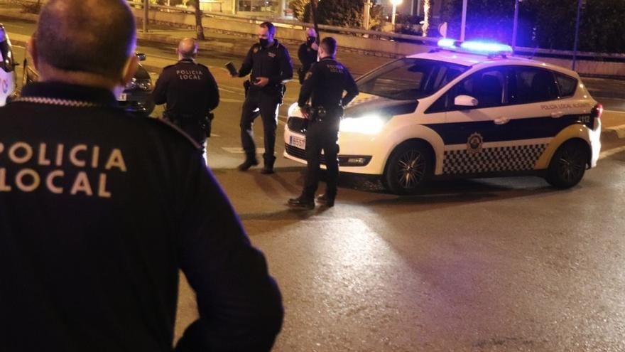 Cuatro detenidos esta madrugada en Alicante por la presunta comisión de distintos delitos