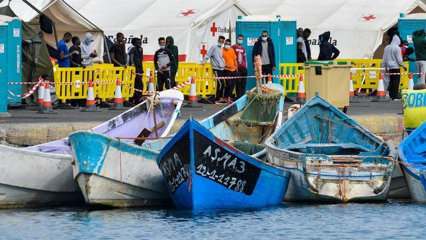 """Escrivá """"no ve comparable"""" la crisis migratoria de Canarias y la de Ceuta"""