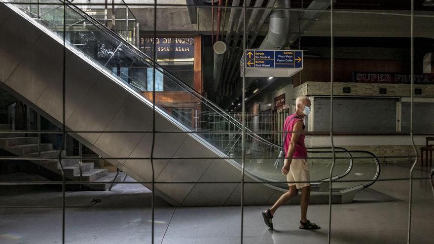Mehr Tageslicht für die Ladengalerie unter der Plaça Major