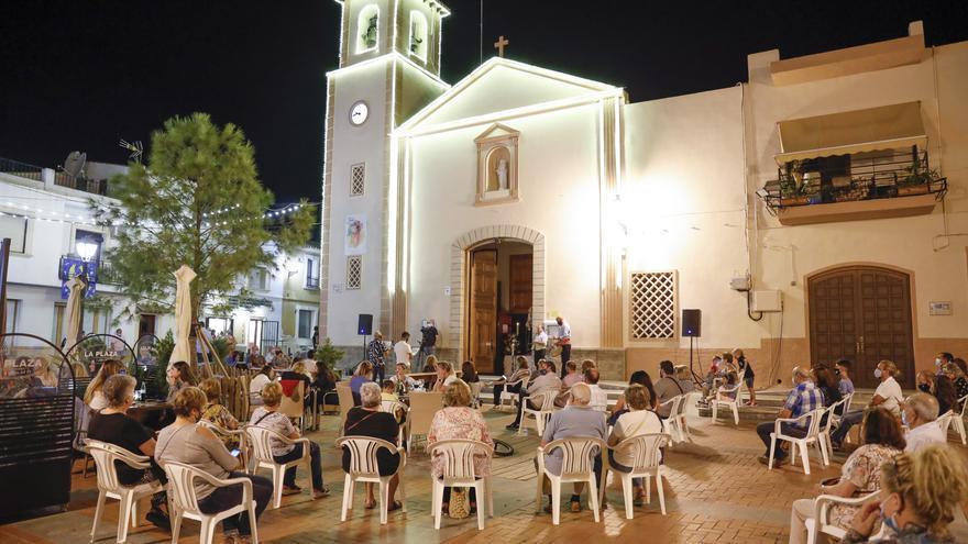 """L'Alfàs celebra sus tradicionales """"Copletes"""" sin baile y con mascarilla"""