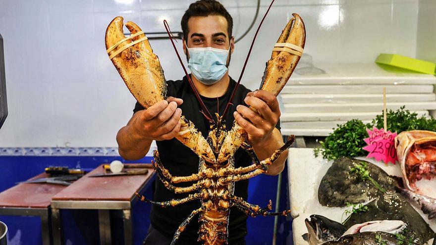 Mercat Nou: días de langosta y caviar