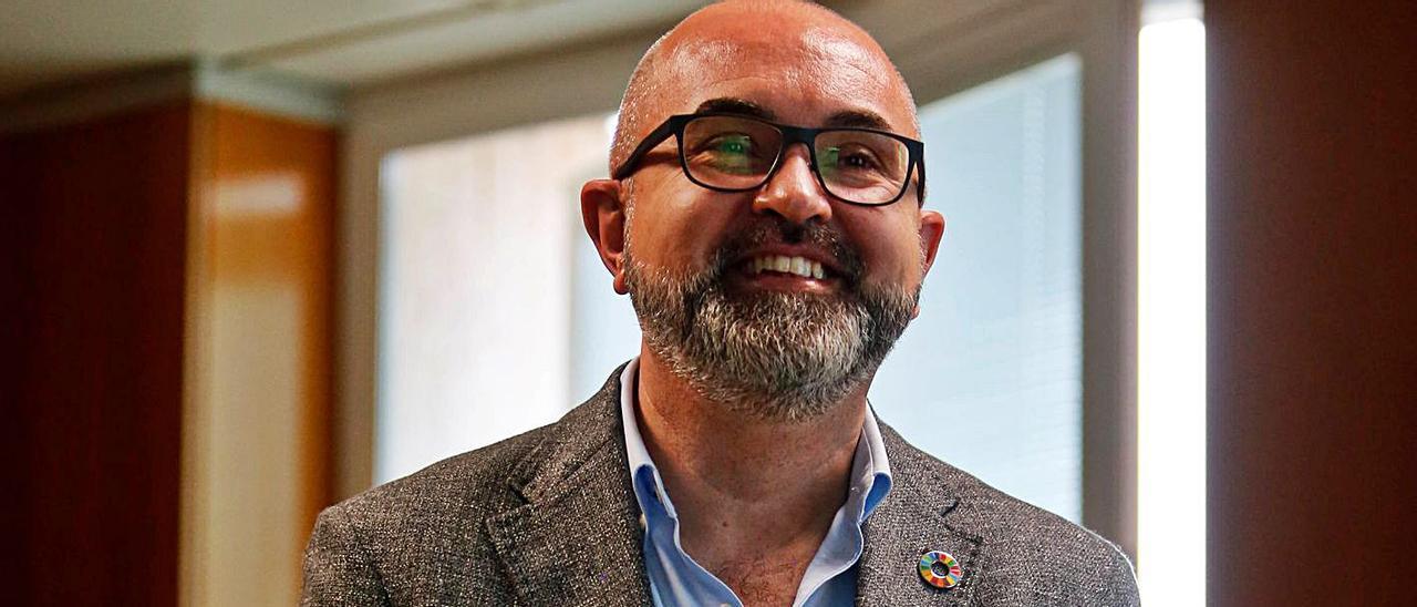 El conseller insular de Medio Ambiente, Vicent Roig, durante la entrevista.